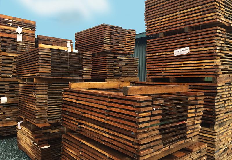 short Teak wood