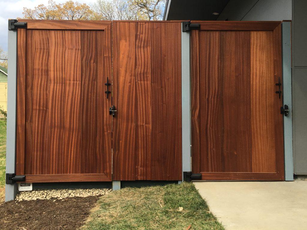 mahogany gate